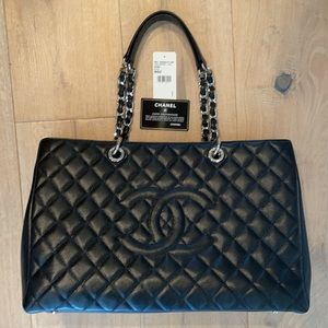 CHANEL Authentic Large Grand Shopper Tote